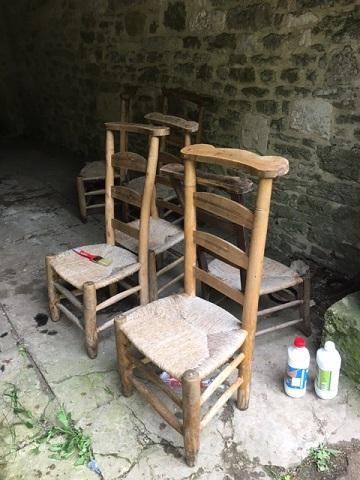 Chaises avant nettoyage